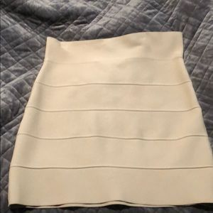 BCBG Bandage skirt in Tan size large
